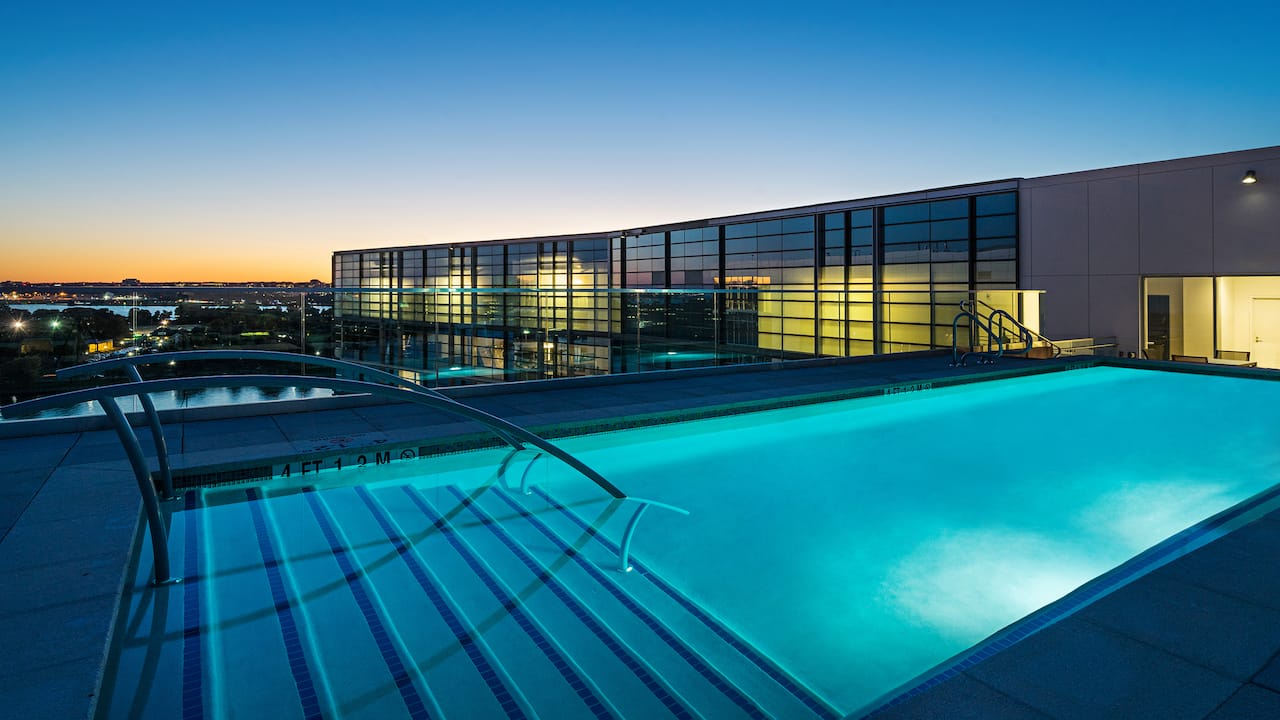 Hyatt House Washington DC, rooftop pool