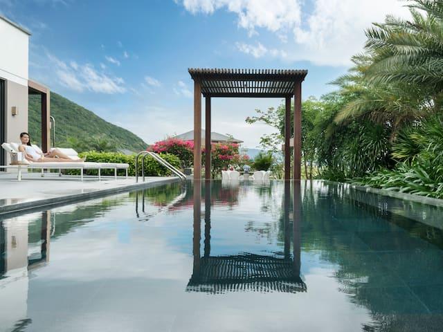 Ocean View Villa Lifestyle Swimming Pool