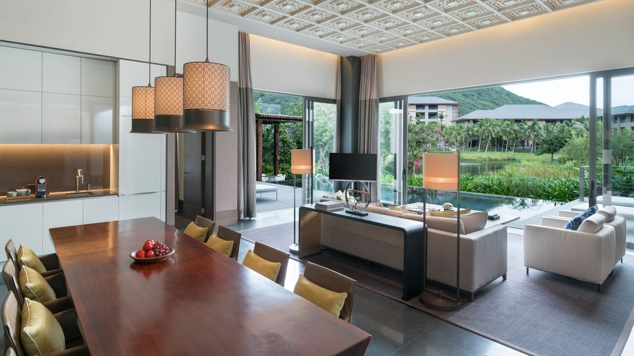 Villa Living and Dining Area