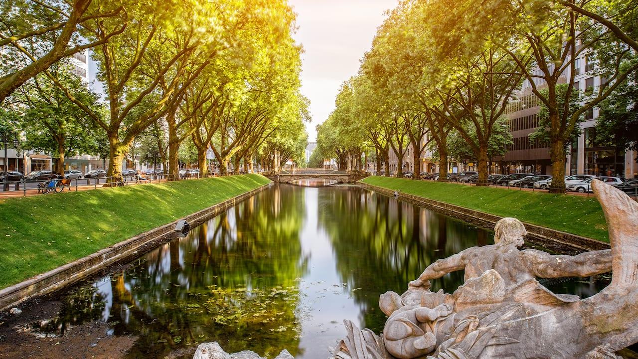 Green oasis near Hyatt Regency Dusseldorf