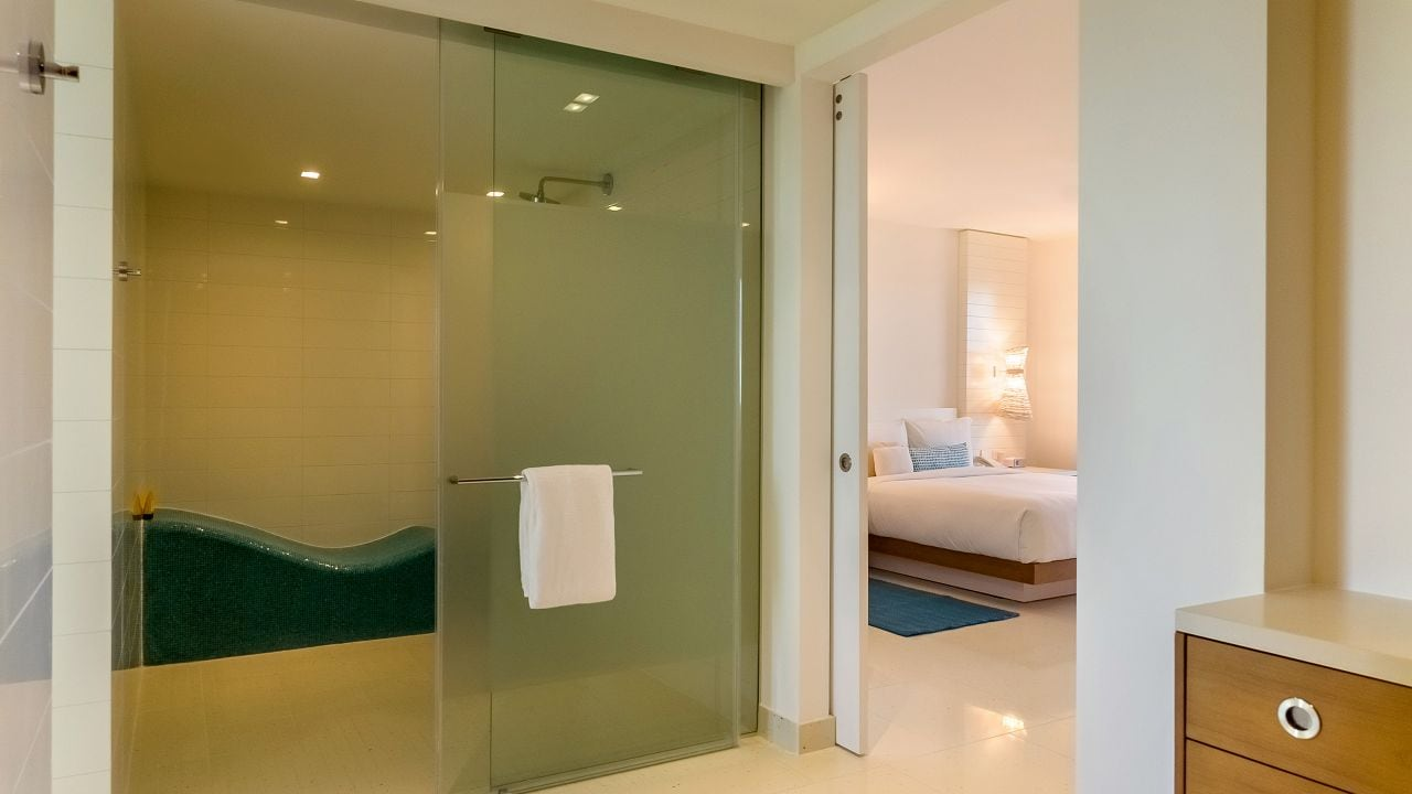 west tower suite shower