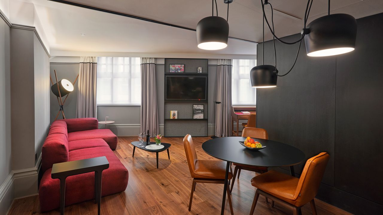 ANDAZ LONDON LIVERPOOL STREET | Large Suite Lounge
