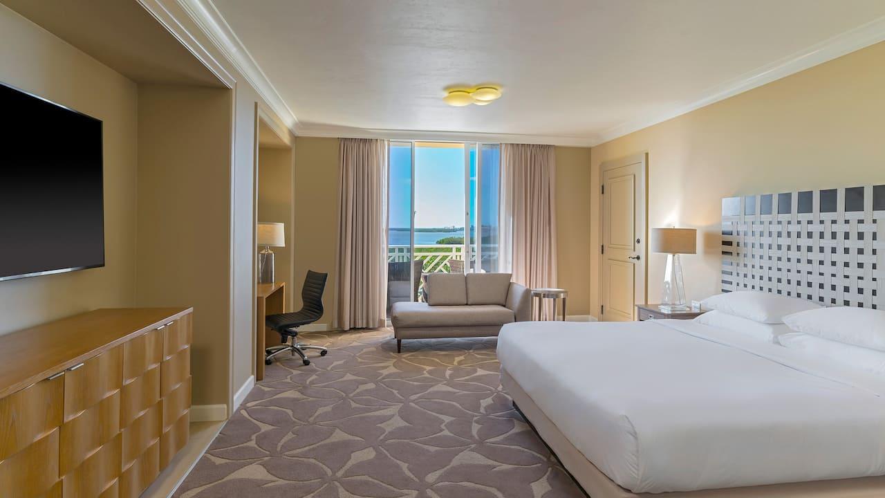 Palm Suite Bedroom