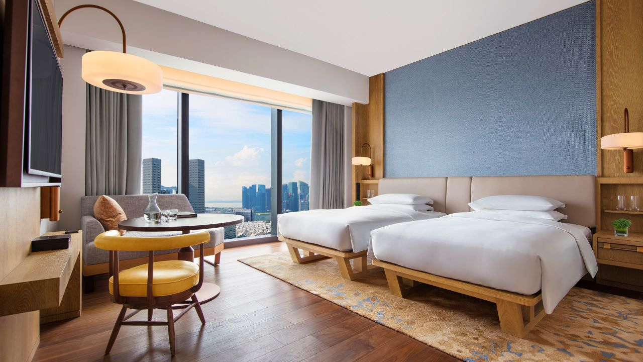 Andaz singapore 2 twin beds with a view