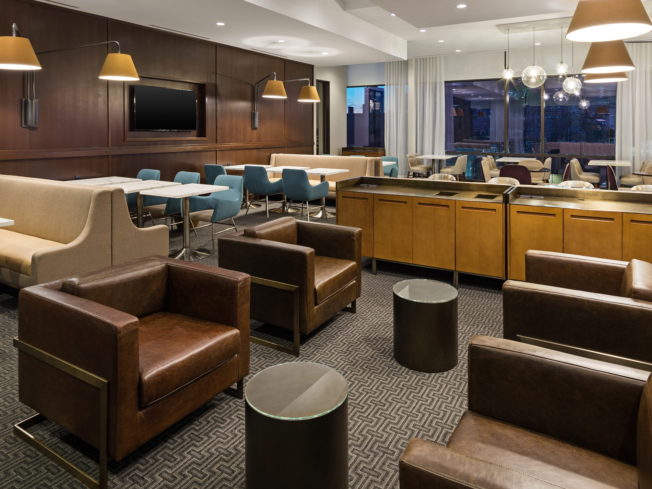 Relaxing Hotel Near the Statue of Liberty | Hyatt House Jersey City