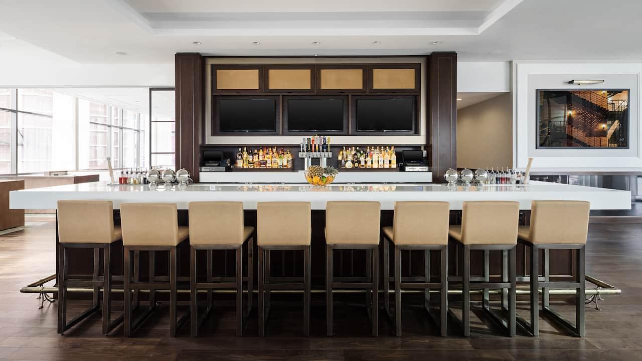 Hyatt House Jersey City Bar