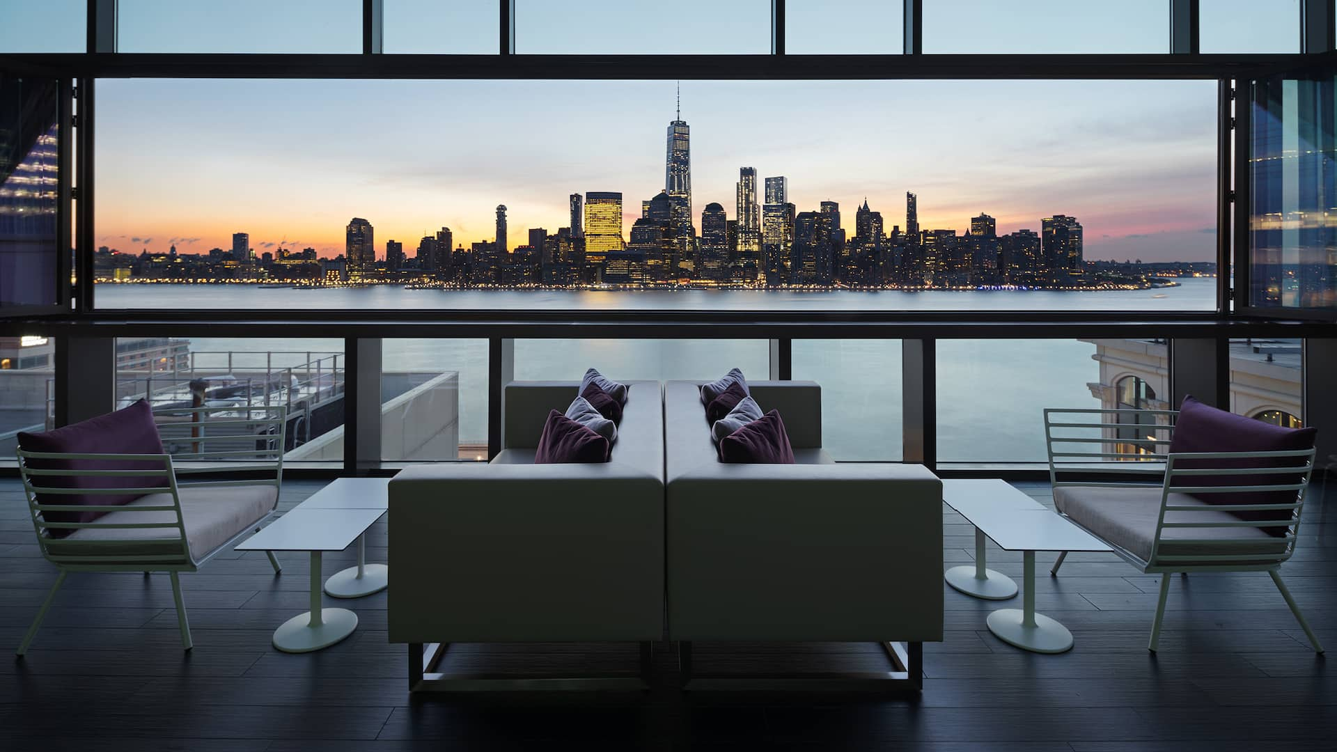 Hyatt House Jersey City Bar Seating Manhattan Sunrise