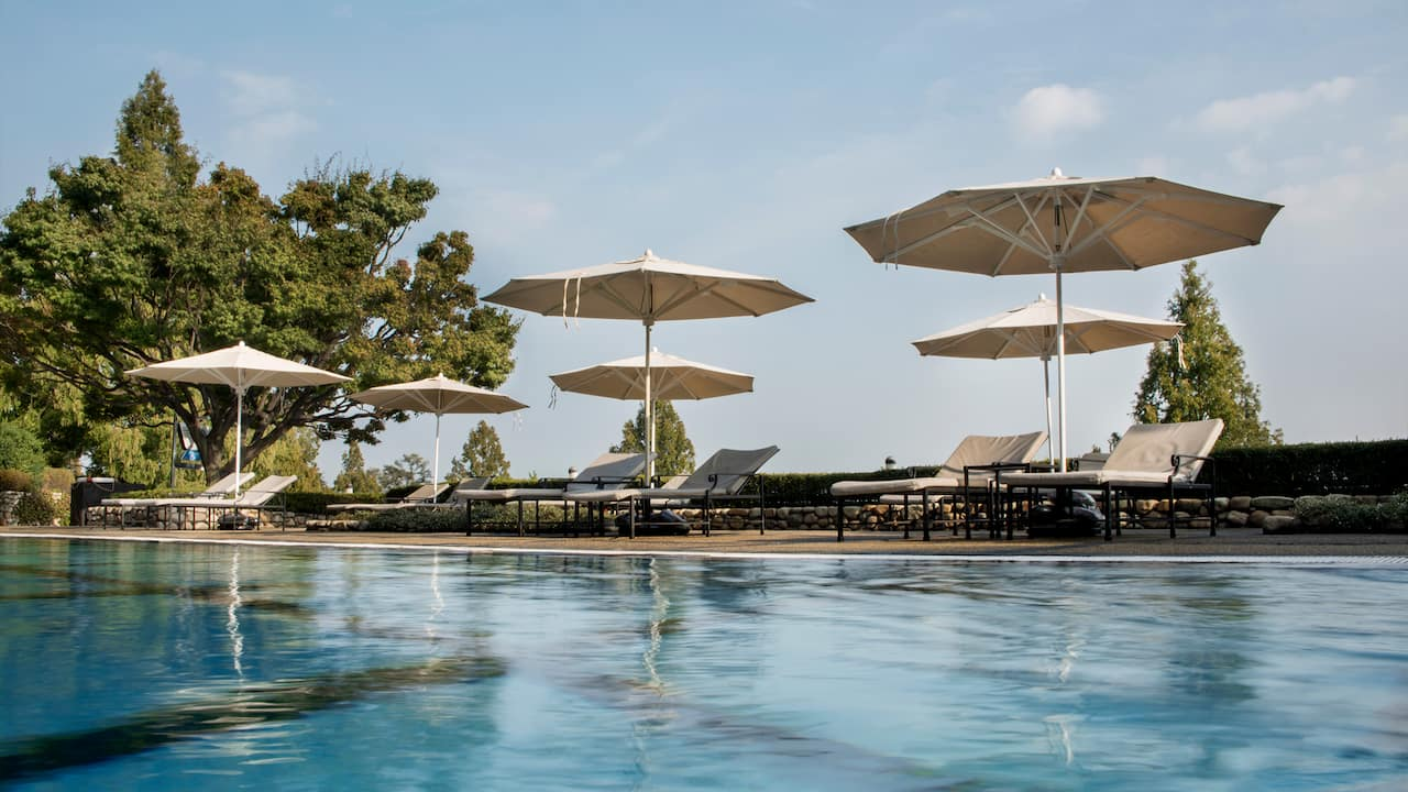 Outdoor Pool – Grand Hyatt Seoul