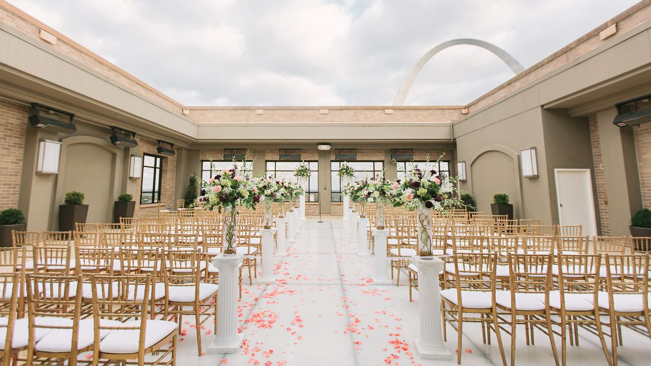 Hyatt Regency St Louis Wedding Gateway Terrace