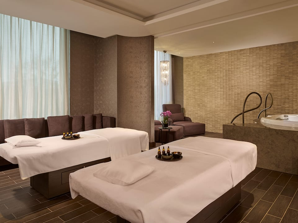 Olympus Fitness Spa Couple Treatment Room