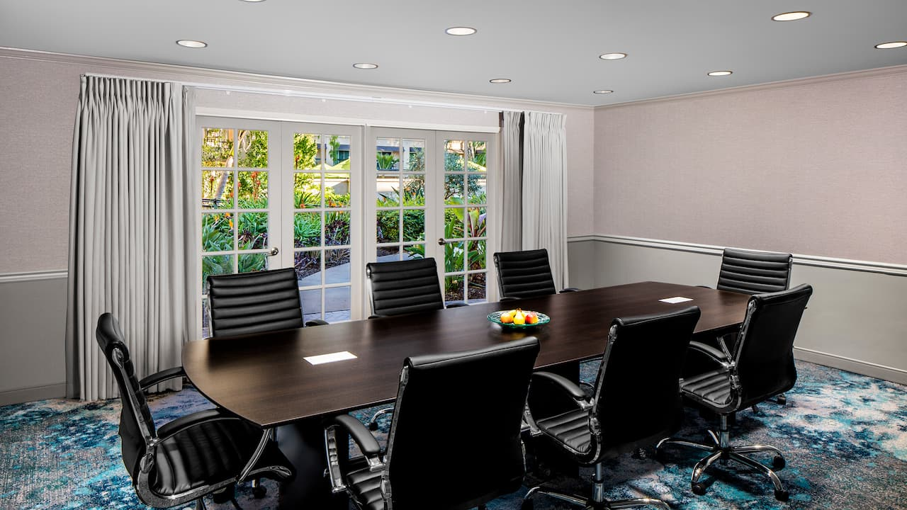 Hyatt Regency Newport Beach Executive Boardroom