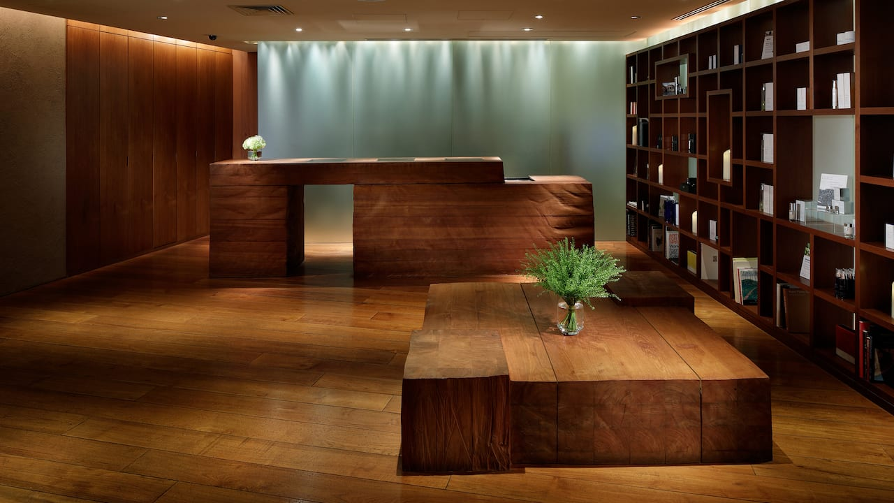 Grand Hyatt Tokyo Nagomi Spa And Fitness Reception Area  グランド ハイアット 東京 ナゴミ スパ アンド フィットネス 受付