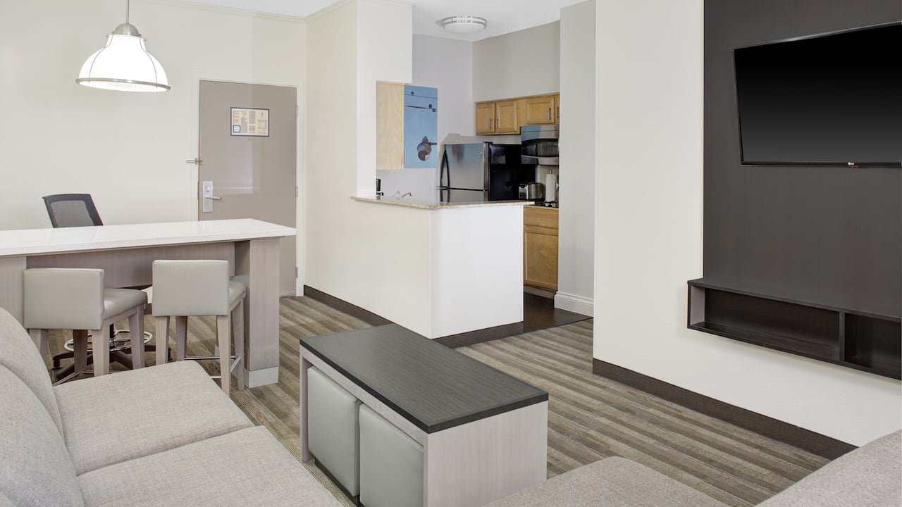 Hyatt House Dallas / Lincoln Park One Bedroom
