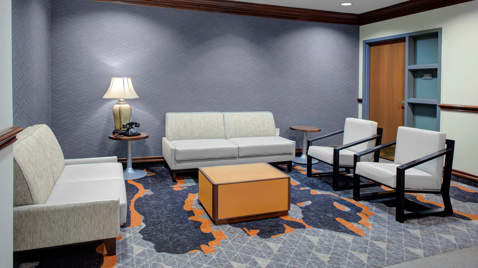 Hyatt House Parsippany East Lobby