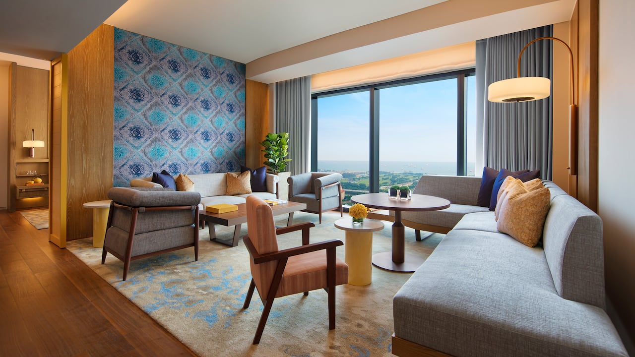 Andaz Large Suite, 1 king bed, skyline view & spacious living area, Andaz Singapore