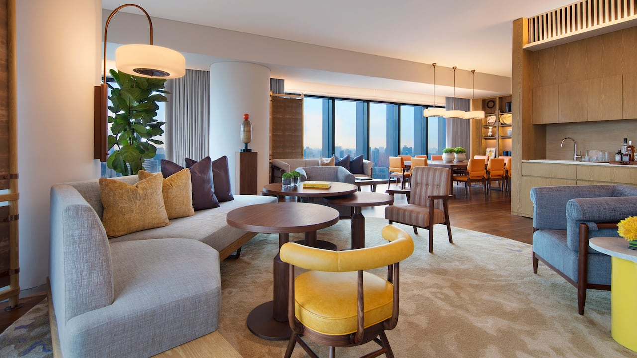 Presidential suite, skyline view and luxurious living room, Andaz Singapore