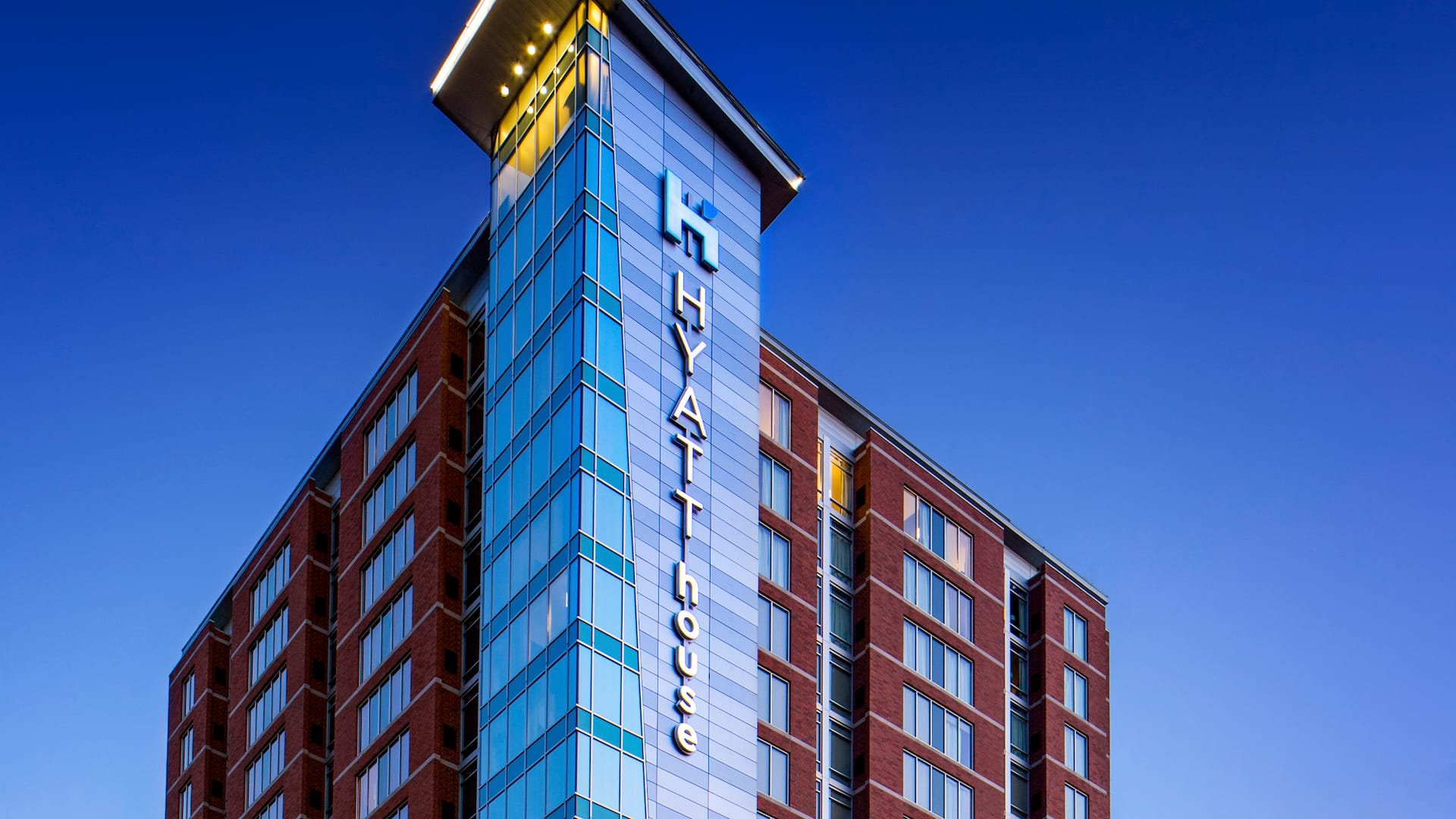 Hyatt House Charlotte Center City Exterior