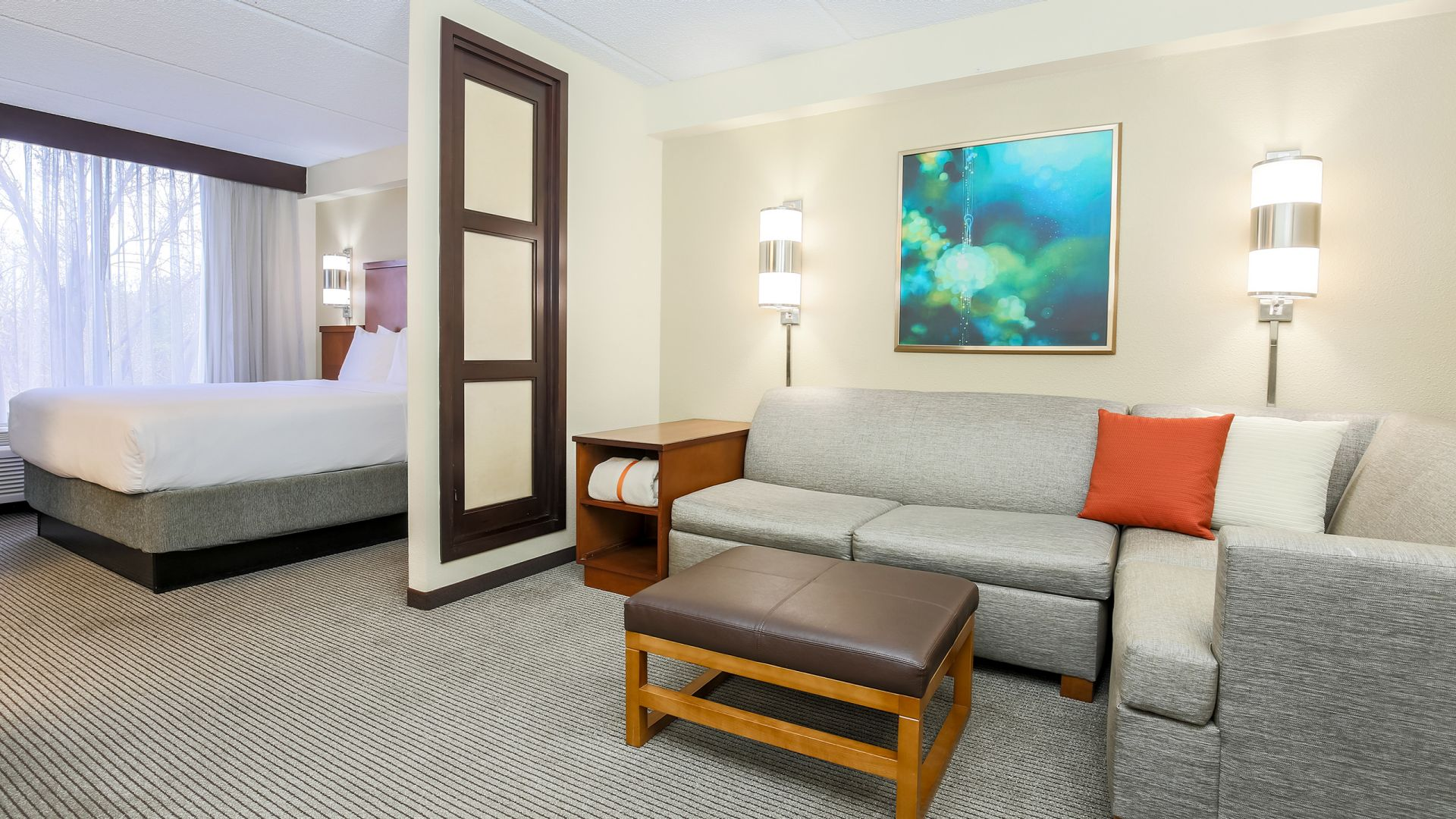 Hyatt Place Suite