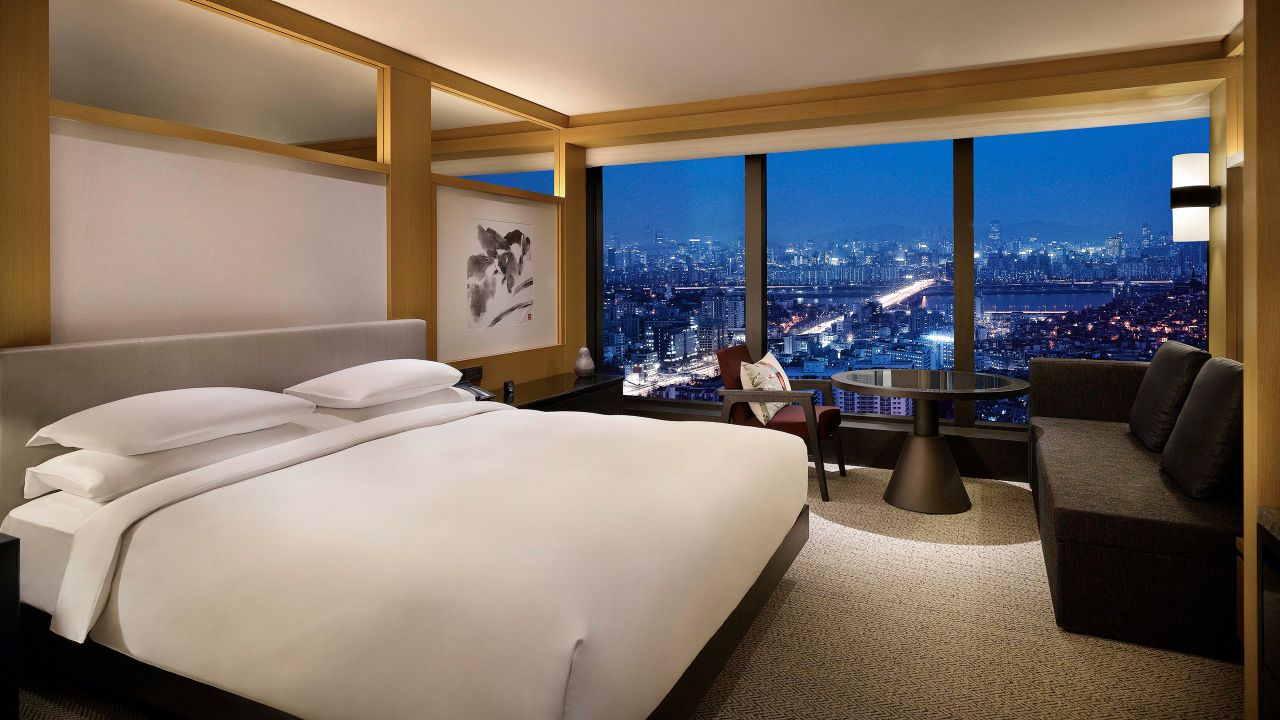Grand Hyatt Seoul – 1 King Bed with Panoramic Han River Views