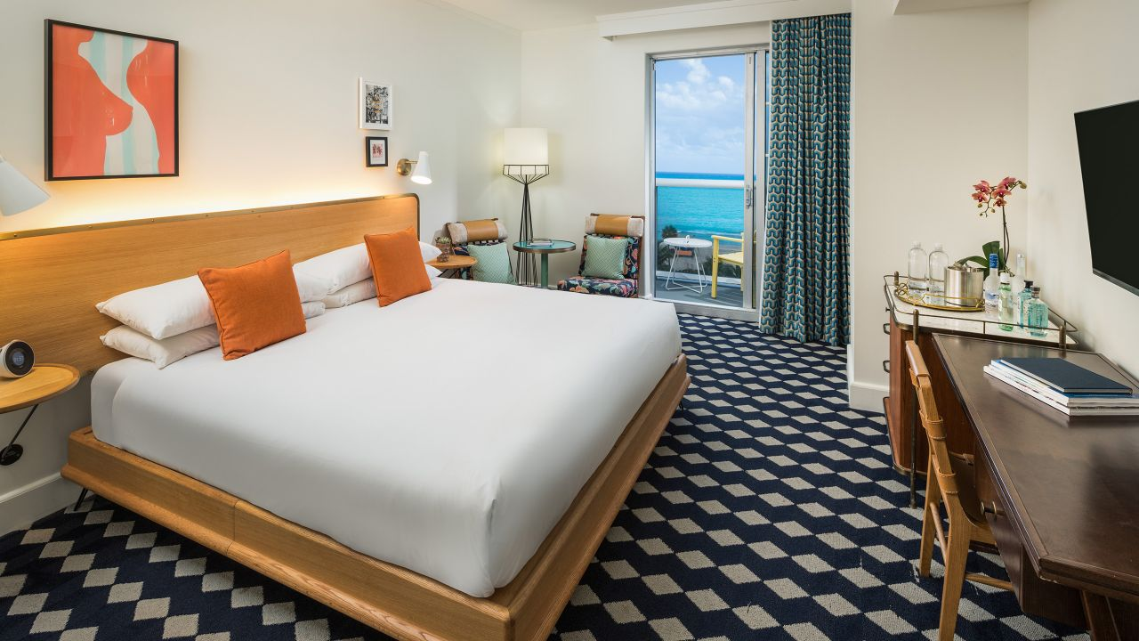 King Bed Ocean View with Balcony