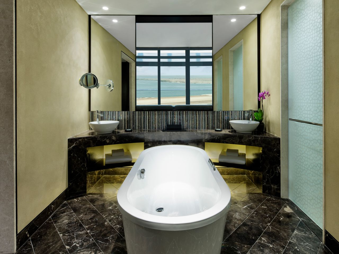 Grand hyatt bathroom