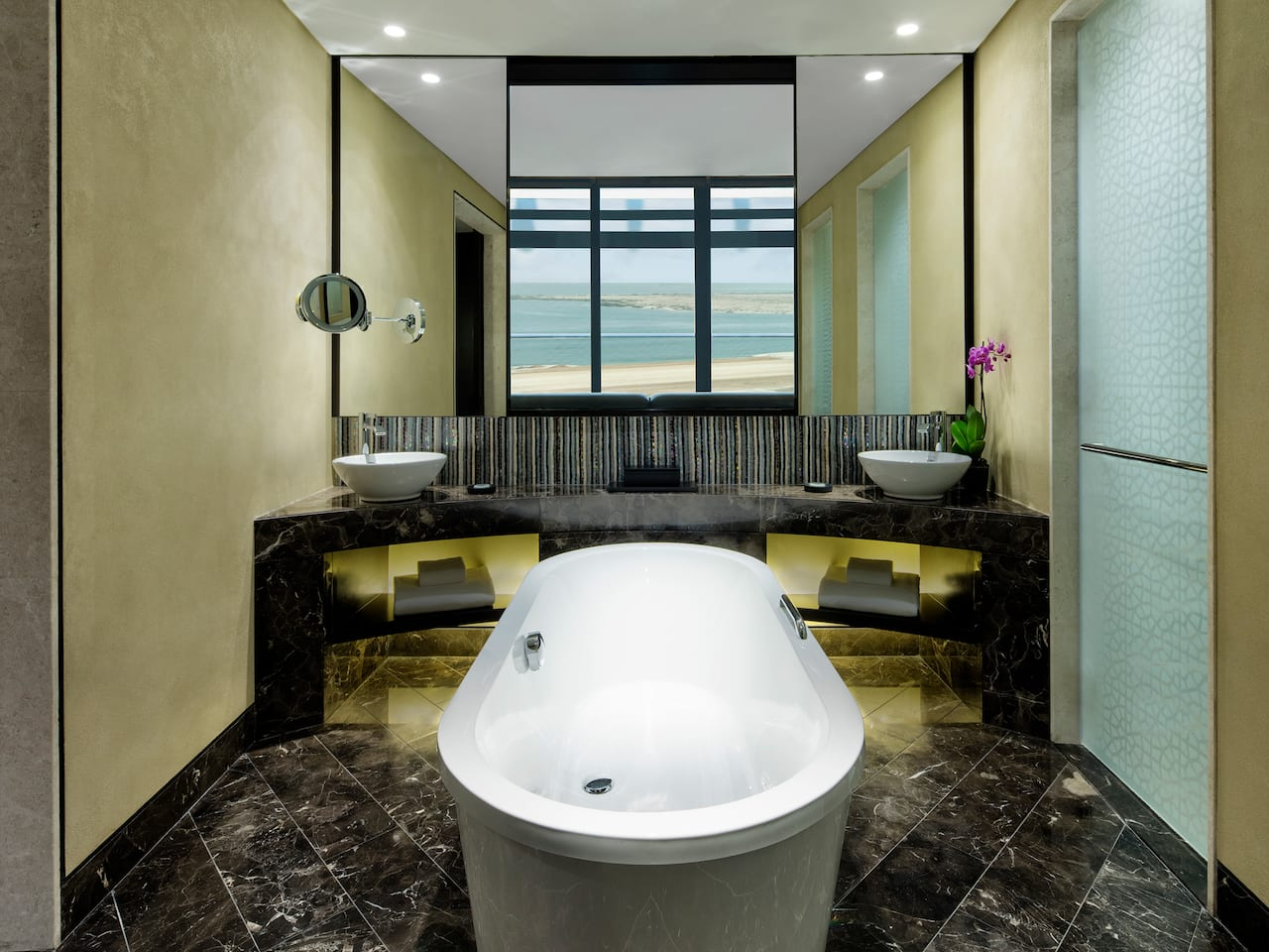 Grand hyatt bathroom