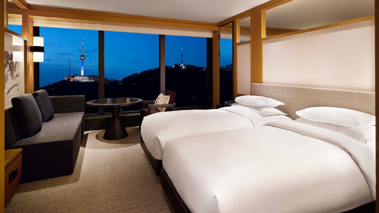 Grand Hyatt Seoul – 2 Twin Beds with Namsan Mountain Views