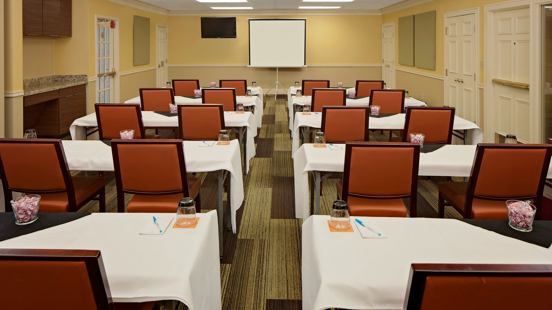 Hyatt House Dallas / Addison meeting room