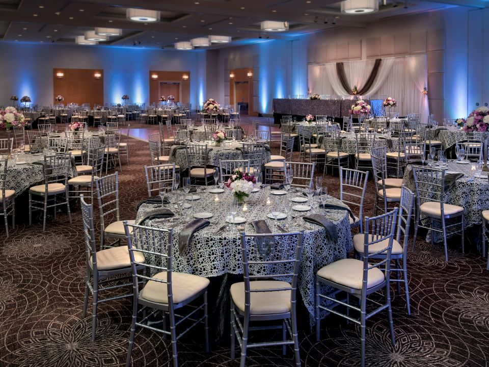 Hyatt Regency Pittsburgh International Airport Weddings