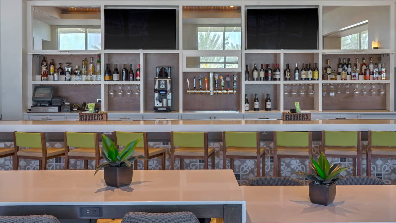 Hotel Bar at Hyatt Regency Clearwater Beach Resort