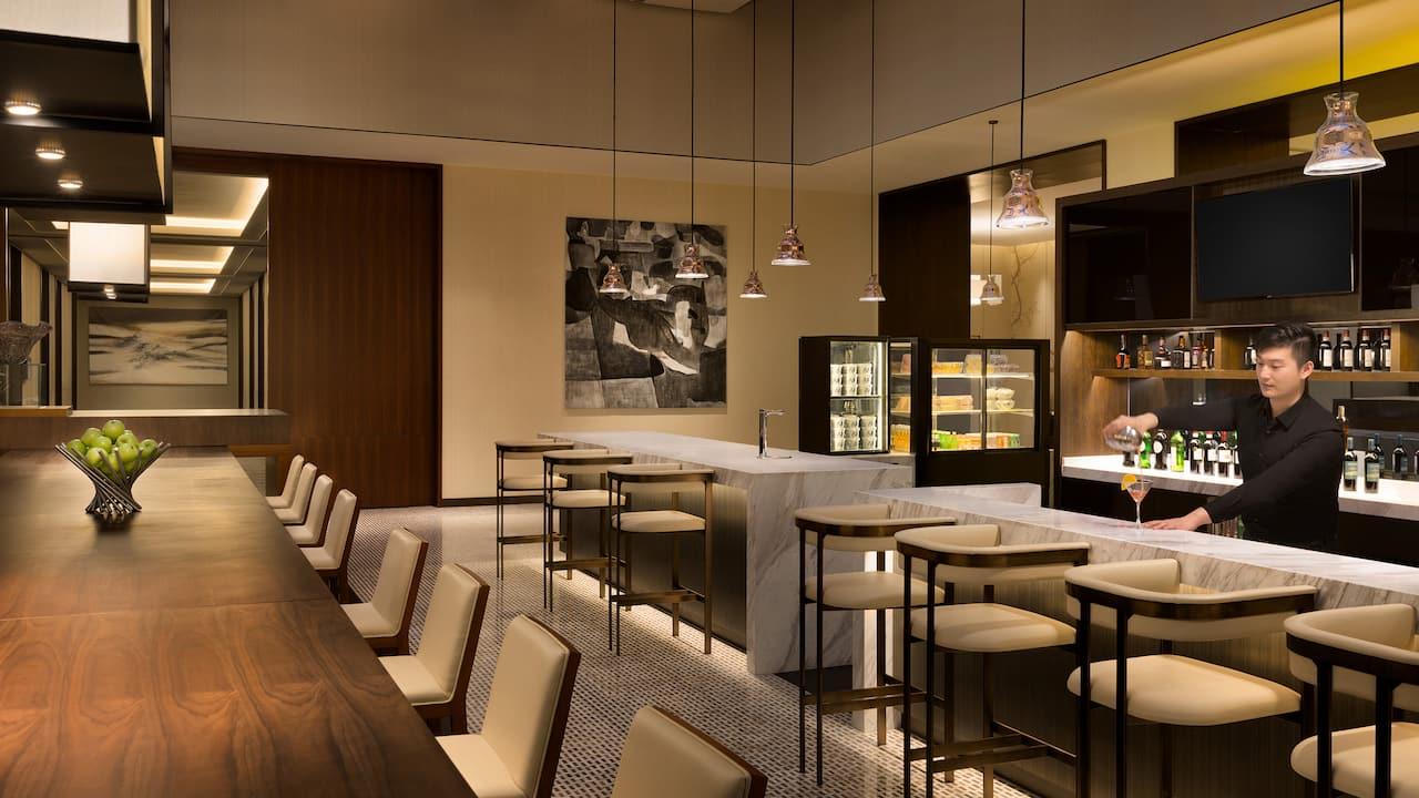 Gallery bar