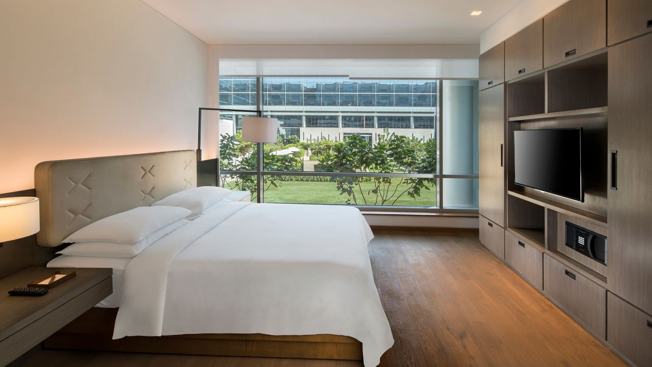Andaz Townhouse Master Bedroom
