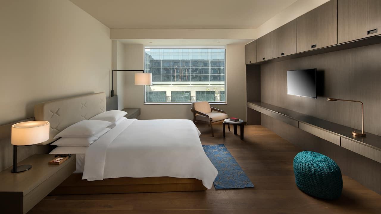 Andaz 3B HK Master Bedroom