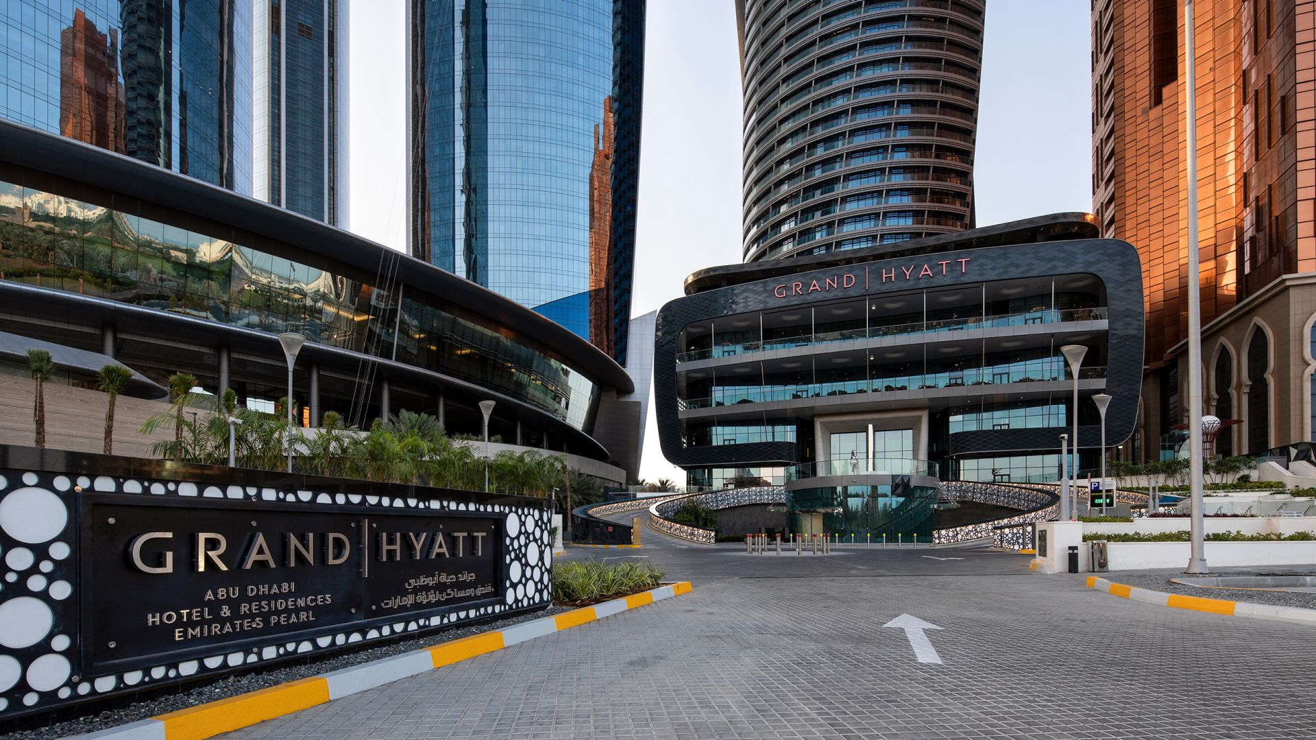 Grand hyatt abu dhabi exterior view