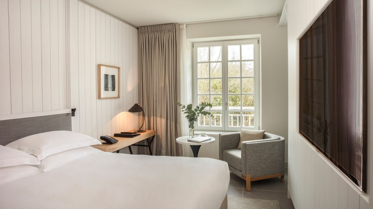 1 King Bed Club Access at Hotel Hyatt Regency Chantilly