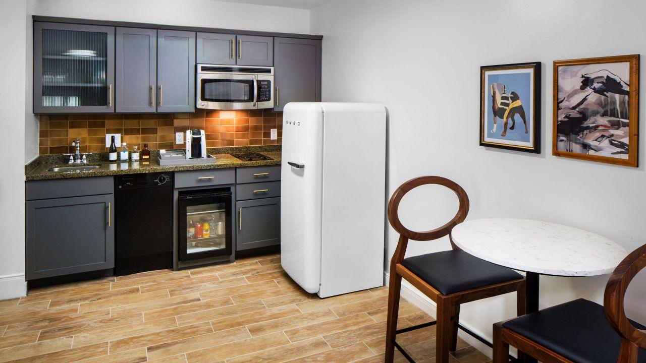 Andaz Deluxe Loft Kitchen
