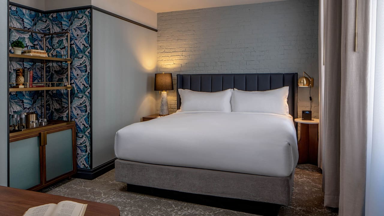 One Queen Bed at The Eliza Jane