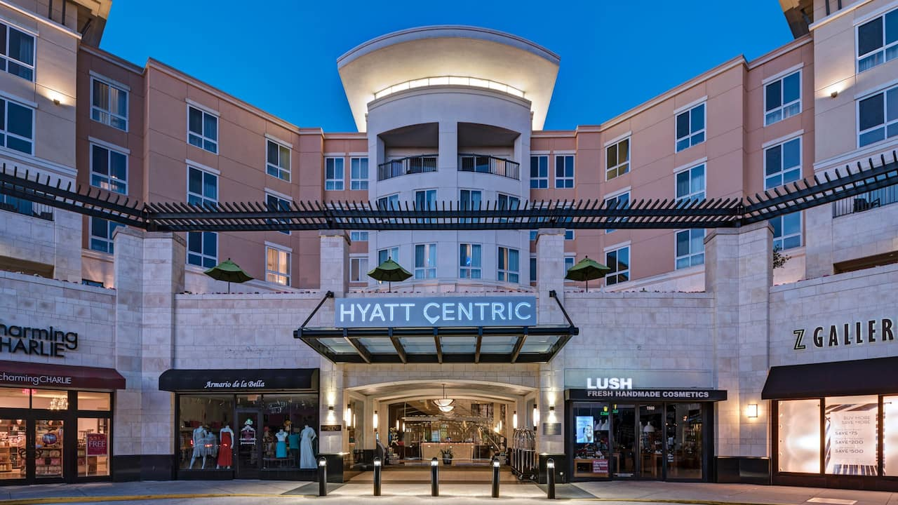 Hyatt Centric The Woodlands Exterior