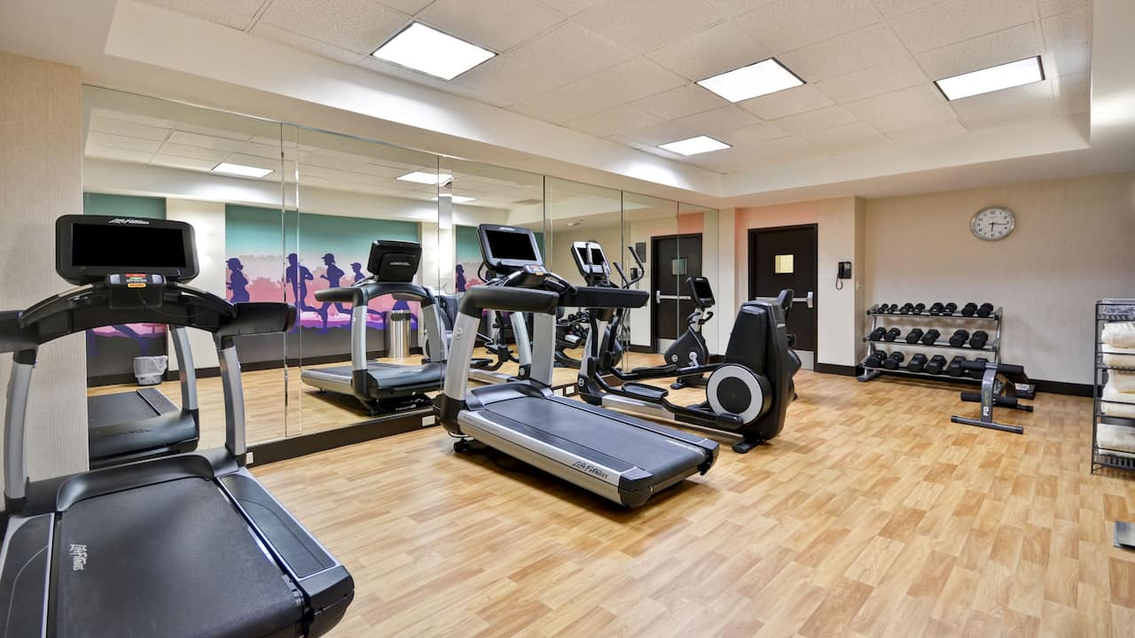 Hyatt Place Columbus / Worthington 24/7 gym