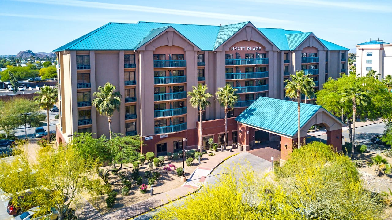 Aerial view of of Hyatt Place Tempe/Phoenix Airport at daytime