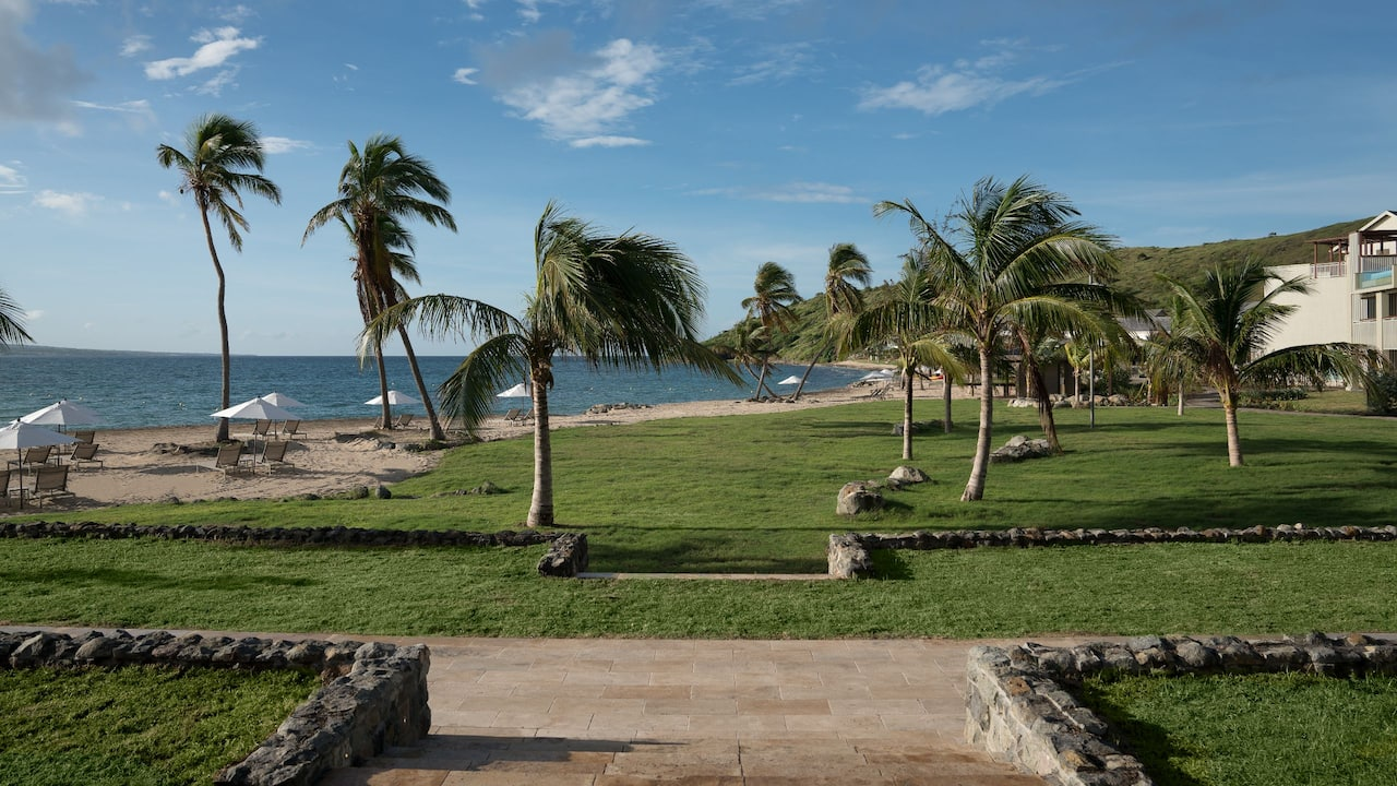 The Beachfront Lawn | Park Hyatt St. Kitts