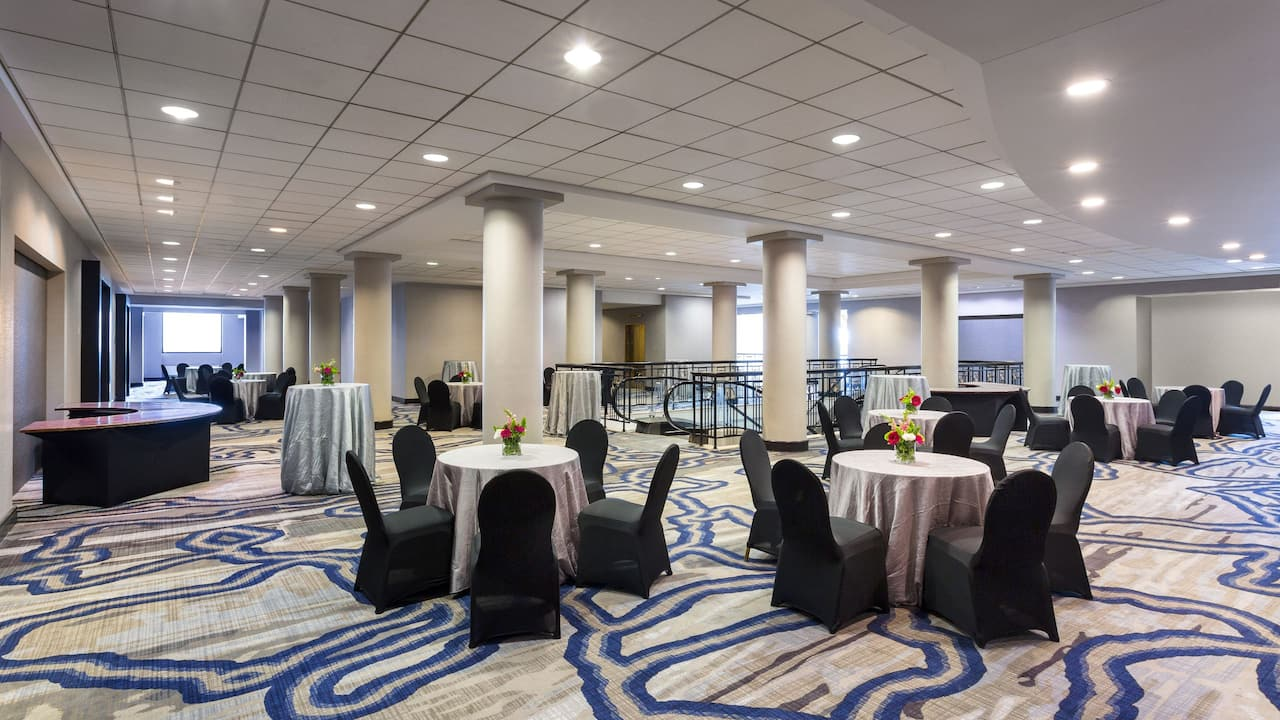 Large, open area for socializing and pre-function activities