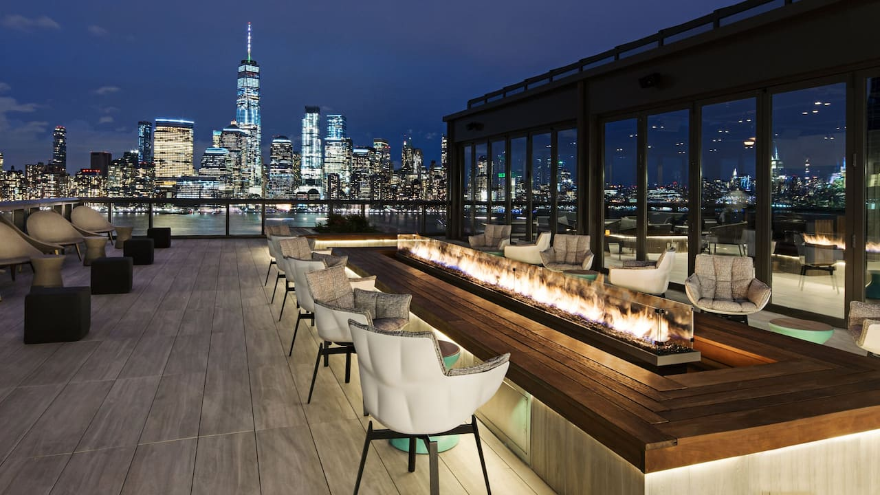 Hyatt House Jersey City Rooftop & Terrace Hotel Bar Photo