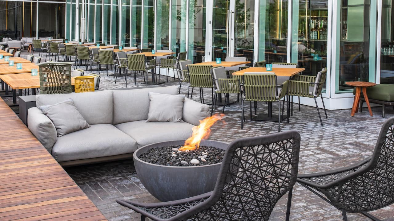 Arc Bar Firepit Seating