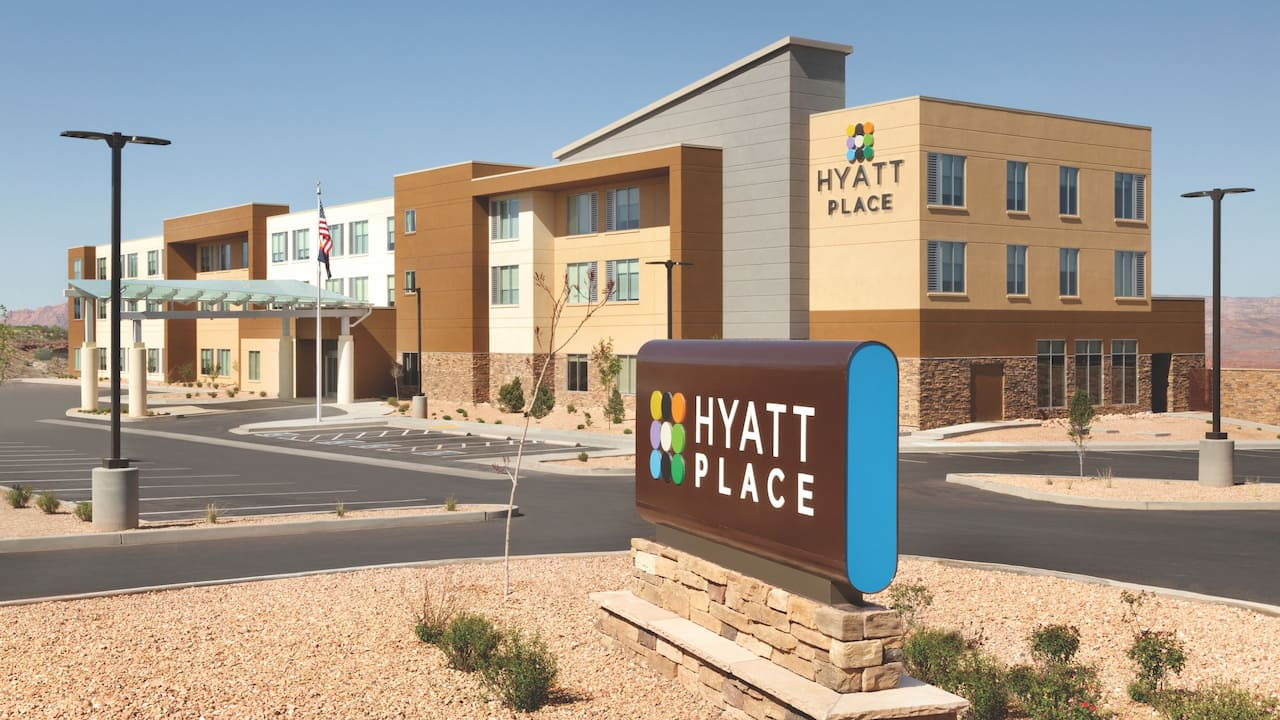 Hyatt Place Page Lake Powell Hotel Exterior
