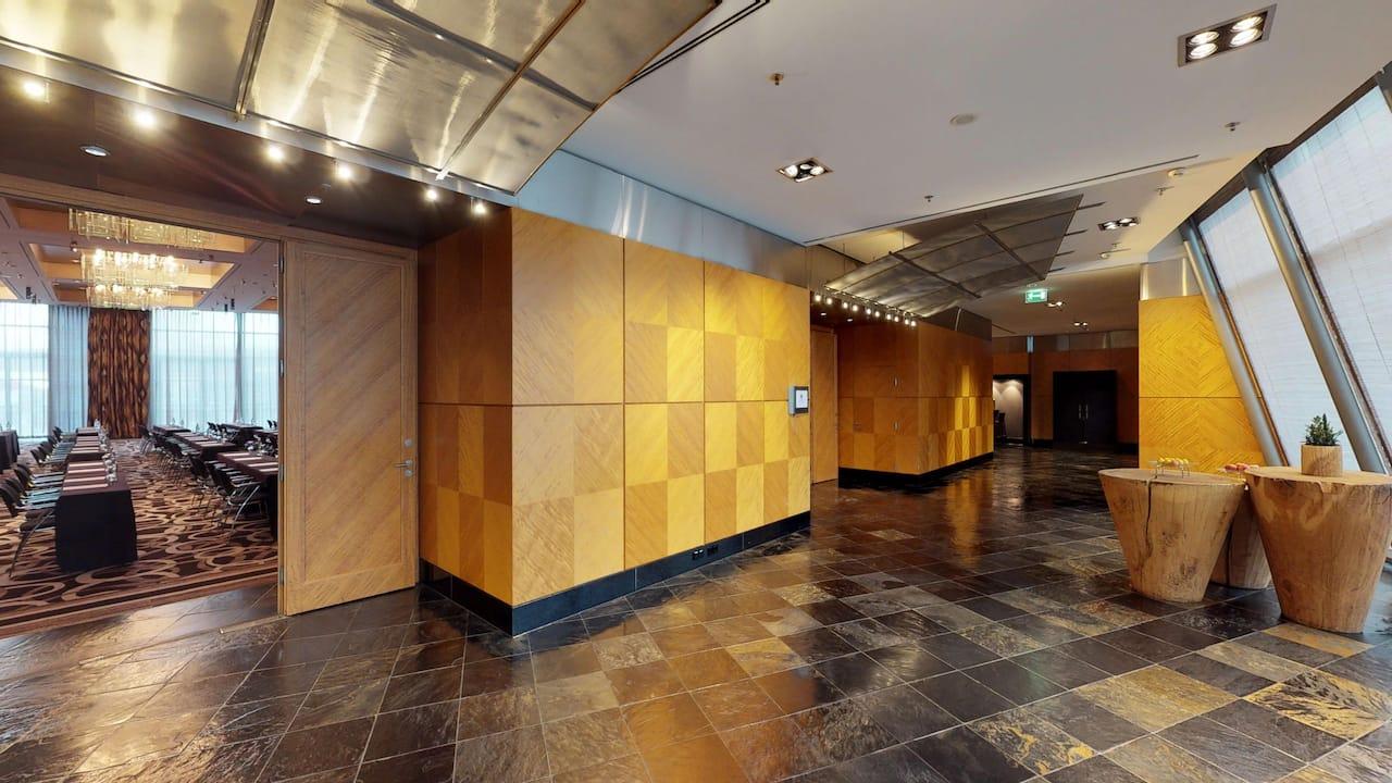 Large Ballroom & foyer Hyatt Regency Mainz