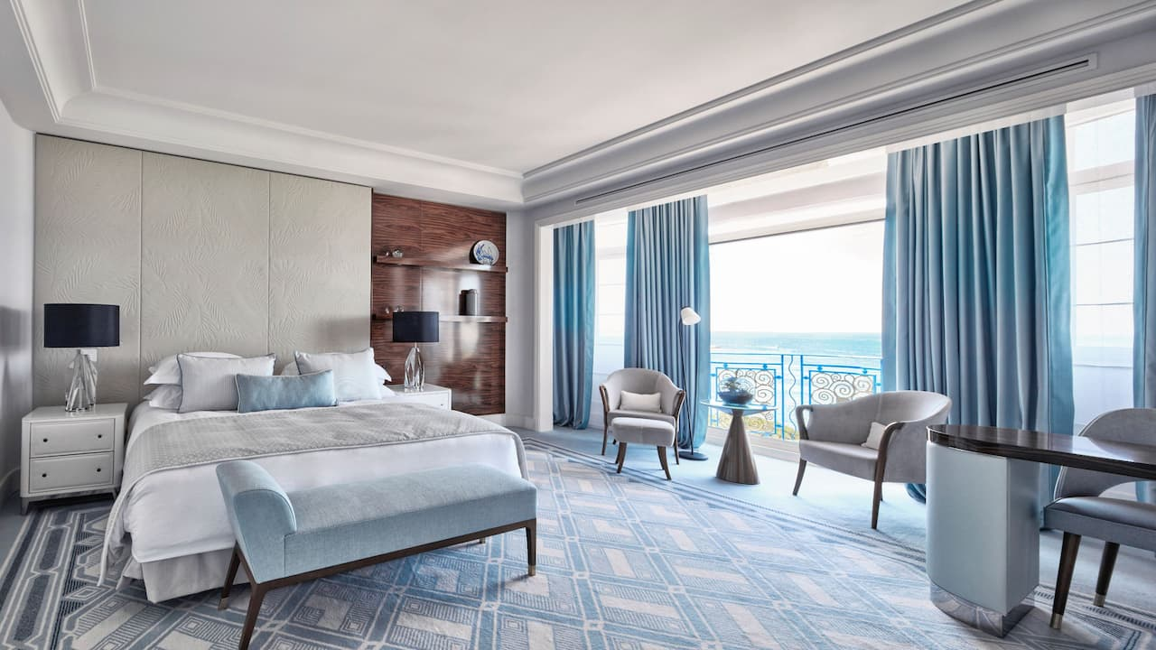 Suite Prestige Sea View at Hotel Martinez Cannes by Hyatt