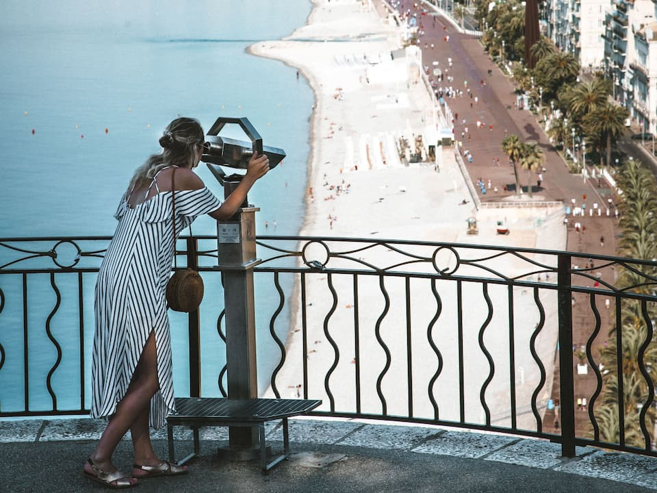 Discover Nice and its surroudning from Hyatt REgency Nice