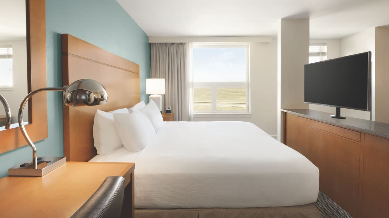 Hyatt House Denver Airport, Accessible King Studio