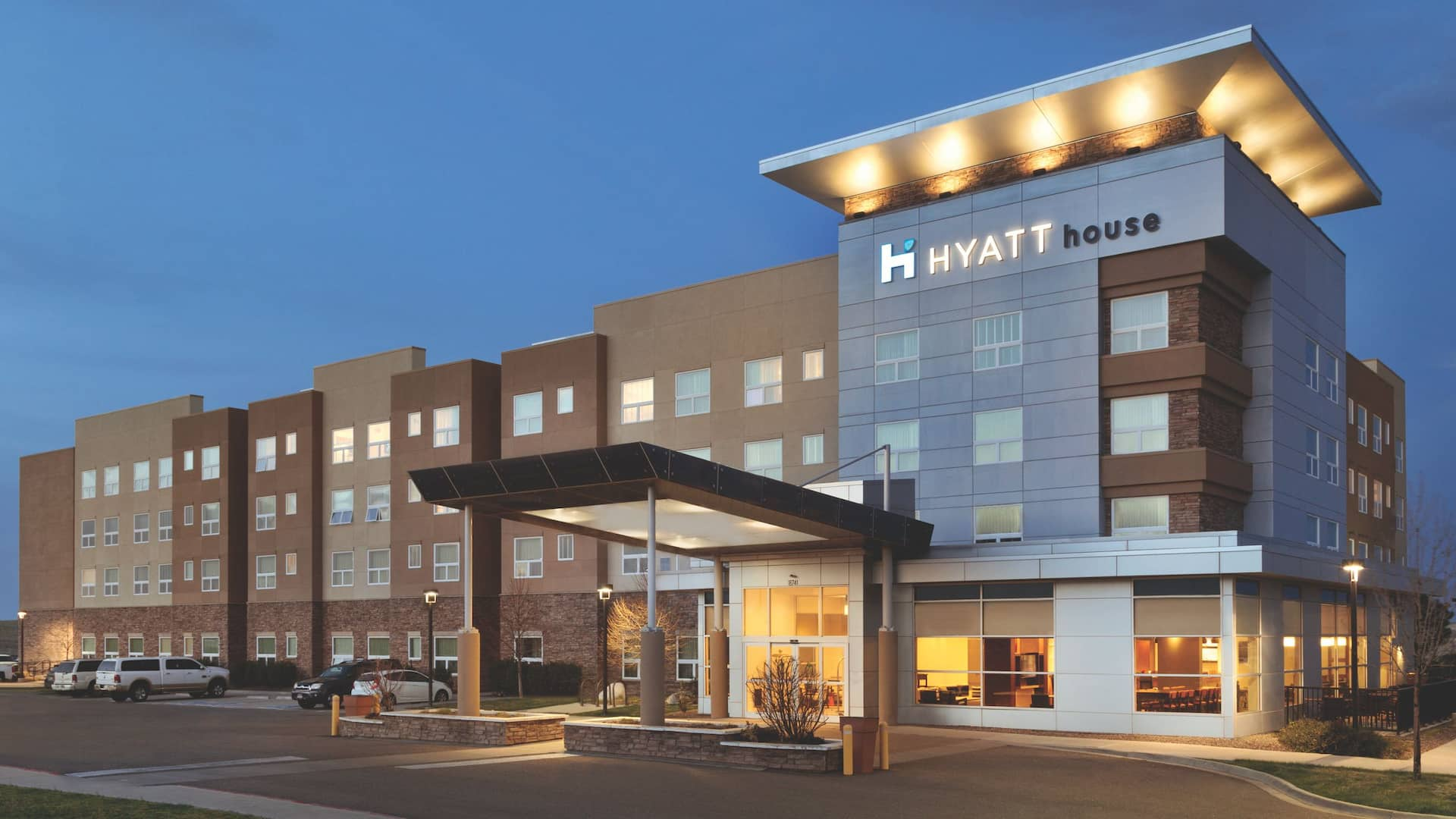 Hyatt House Denver Airport, exterior